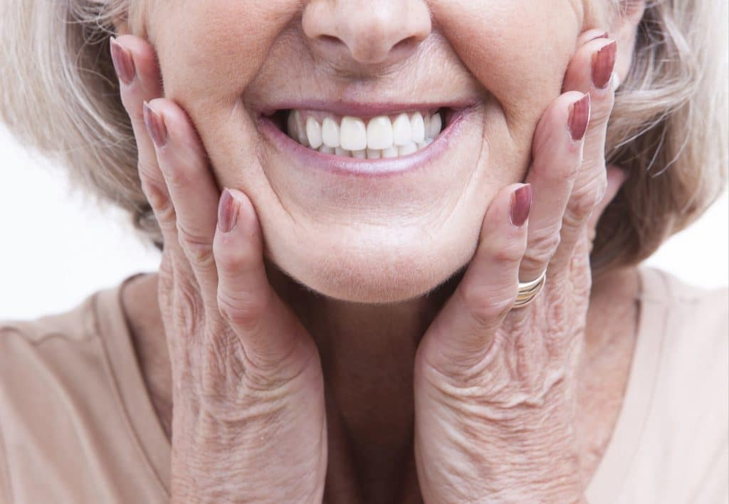 What You Need to Know About Dentures and Your Oral Health